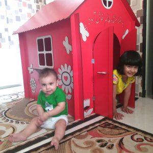 خانه چوبی کودک