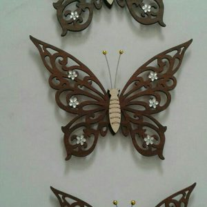 پروانه سه تیکه