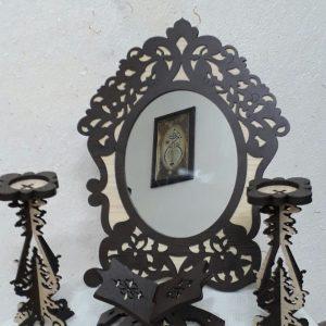 قاب آینه و شمع دان