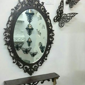 شلف و آینه کوچک