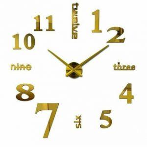 ساعت دیواری طلایی